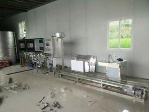仁懷機場佳樂福水廠每小時150桶桶裝水灌裝設備